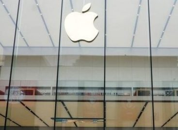 China Ban on Apple Services is a Challenge for Key Growth Area