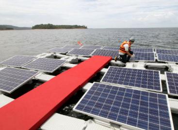 Floating Solar Panels Restore Doomed Lake