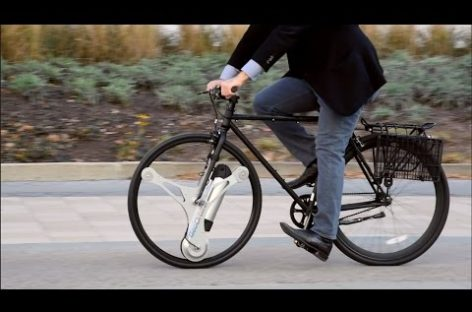 This Motorized Wheel Adds Electric Power to Your Bike