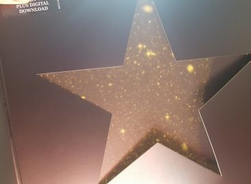 David Bowie Hid a Beautiful Secret in the Blackstar Vinyl Gatefold