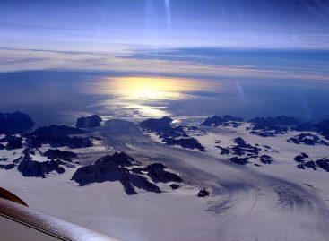 NASA's IceBridge Observes Effects of Summer Melt on Greenland Ice Sheet