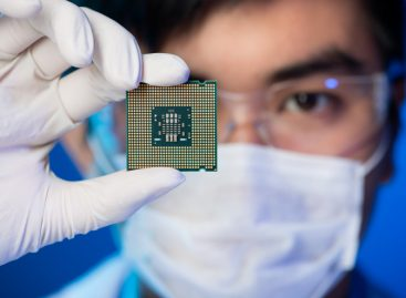 One Chip to Rule Them All? The Internet of Things and the Next Great Era of Hardware