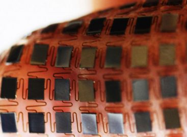 This Stretchable Battery Pack Wraps Around Anything and Charges Itself