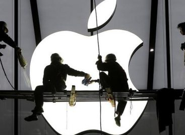 Apple Says All Services Resume After Outage