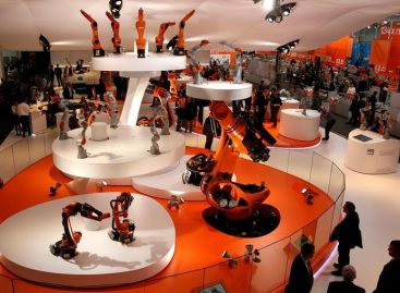 China Says German Robot Maker Deal Should Not be Politicized