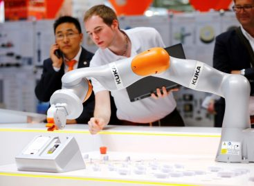 China's Midea Lifts Stake in German Robotics Firm Kuka to 76.38 Percent
