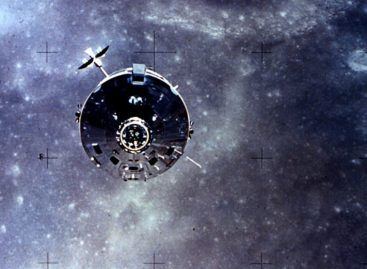 That Time an Astronaut Lost His Wedding Ring in Space