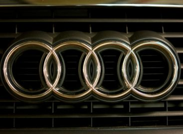 Audi Favors Electric Cars, Services in New Strategy: Sources
