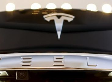 Musk Hints at Top Secret Tesla Masterplan: Tweet