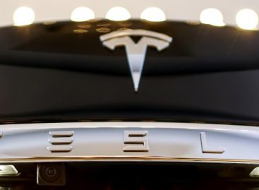 Tesla Cuts Prices Again as Sales Miss Targets