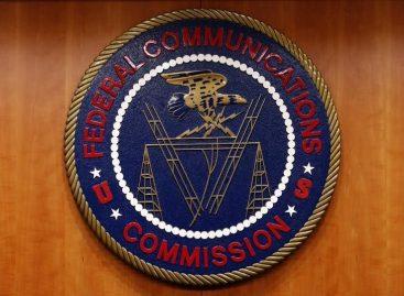 U.S. Court Blocks FCC Bid to Expand Public Broadband