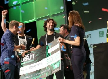 And the winner of Startup Battlefield at Disrupt SF 2016 is… Mobalytics