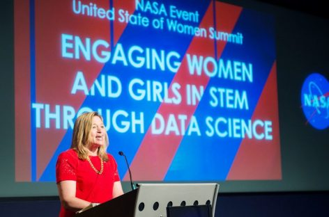 Don't Turn Earth Into Venus, Warns NASA Ex-Chief Scientist Ellen Stofan