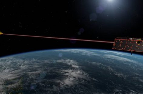 Twin Spacecraft to Weigh in on Earth's Changing Water